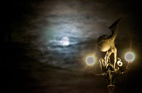 SintMichiel&de maan